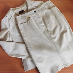 Size Small suede women's suit